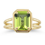 3.52-3.56 Ct 10x8 mm AAA Emerald Peridot Solitaire Ring in 14K Yellow Gold