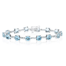 0.01 Cts Diamond & 10.56 Cts Aquamarine Bracelet in 14K White Gold