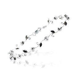 0.36 Cts Black & White Diamond Bracelet in 14K White Gold