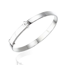 0.01 Cts  SI2 - I1 clarity and I-J color Diamond Star Childrens Bangle in Sterling Silver