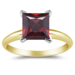 3/4 Cts of 5 mm AAA Princess Garnet Solitaire Ring in 14K Yellow Gold