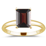 1.11 Cts Garnet Solitaire Ring in 14K Yellow Gold