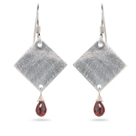 1.00-1.50 Cts Garnet Earrings in Sterling Silver
