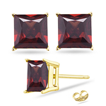 10 mm Princess Cut Garnet Stud Earrings in 18K Yellow Gold