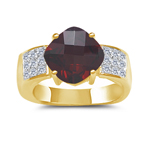 0.23 Cts Diamond & 2.86 Cts Garnet Ring in 14K Yellow Gold