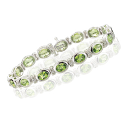 0.32 Cts Diamond & 14.40 Cts Peridot Bracelet in 14K White Gold