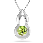 0.60 Cts of 5 mm AA Round Peridot Solitaire Pendant in Silver