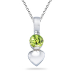 0.27 Cts of 4 mm AA Round Peridot Heart Pendant in Silver