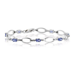 0.01 Cts Diamond & 1.70 Cts Tanzanite Bracelet in 14K White Gold
